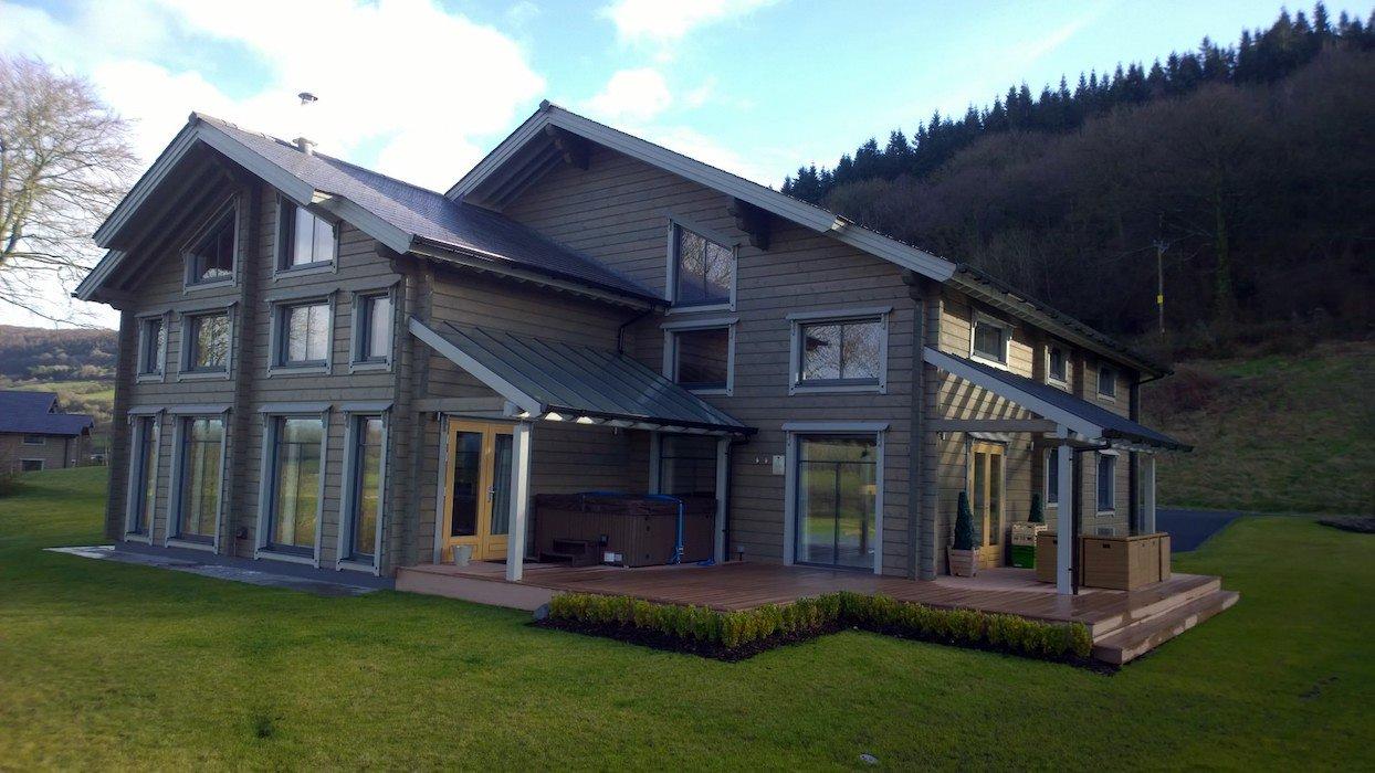 Hunter Lodges at Celtic Manor